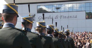 guardia di finanza gdf 117 fiamme gialle cerimonia reclutamento finanzieri