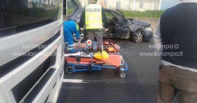 autostrada ferito polizia stradale ambulanza 118 (1)
