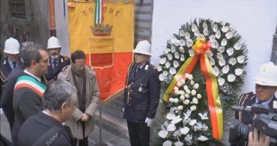 de magistris commemorazione corona