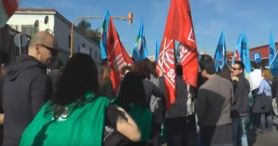 manifestanti sciopero