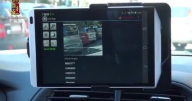 polizia ps 113 tablet safetycar controllo targhe auto