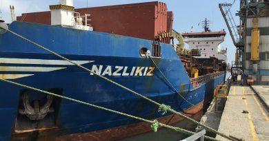 nave turca NAZLIKIZ
