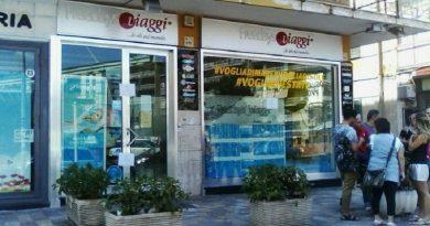 Agenzia Viaggia truffa clienti a S. Giorgio a Cremano (Napoli). 19.8.2016.