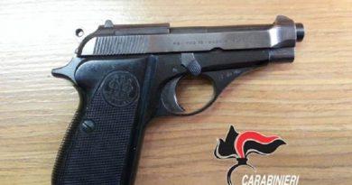 caserta carabinieri cc 112 pistola