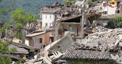 vigili del fuoco vff 115 pompieri terremoto Pescara del Tronto (5)
