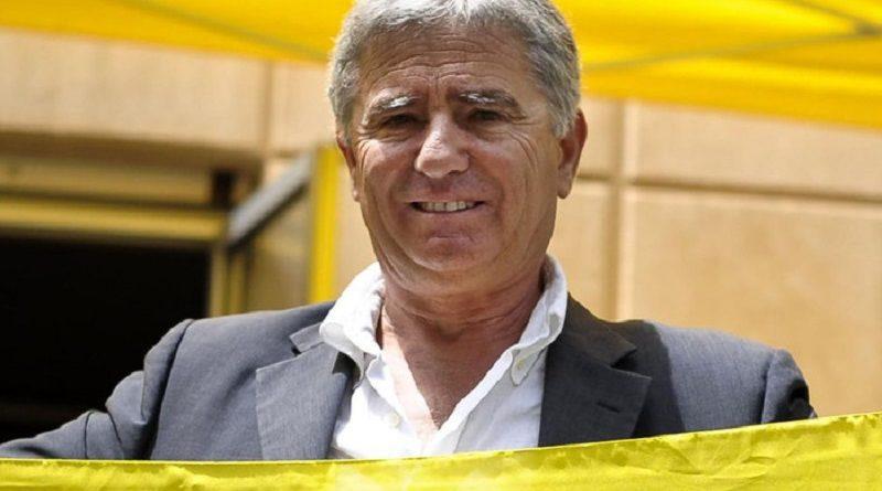 Una foto d'archivio (11 giugno 2010) mostra Angelo Vassallo, sindaco di Pollicai, a Roma in occasione della presentazione della guida blu di Legambiente. GUIDO MONTANI/ANSA