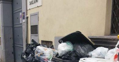 aversa-rifiuti-casa-riposo-sagliano