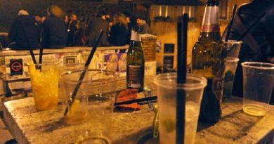 birra drink cocktail movida ragazzi giovani
