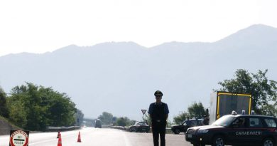 carabinieri-cc-112-posto-di-blocco-alt