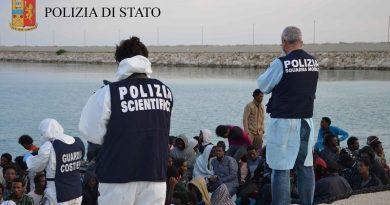 polizia ps 113 polizia scientifica migranti