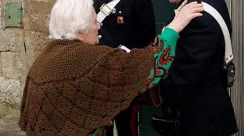 carabinieri-cc-112-anziana-donna