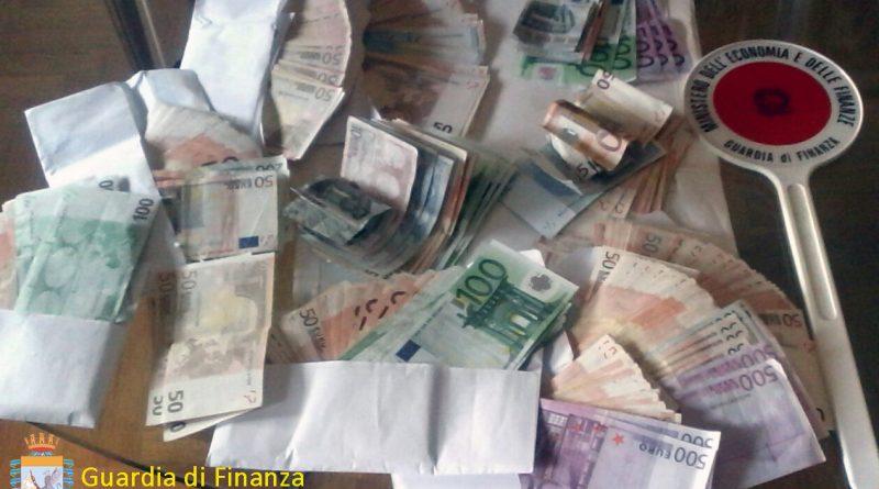 udine-guardia-di-finanza-gdf-fiamme-gialle-117-soldi
