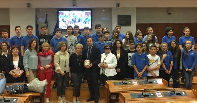 (FOTO) Napoli. Gli alunni dell'Uccella di SMCV in Consiglio Regionale