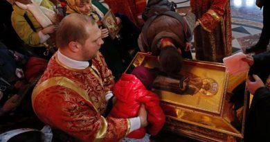 (VIDEO) Russia. Le reliquie di San Nicola di Bari da ieri a Mosca