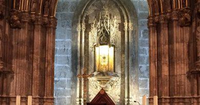 Valencia. Culto e tradizione per il Santo Graal