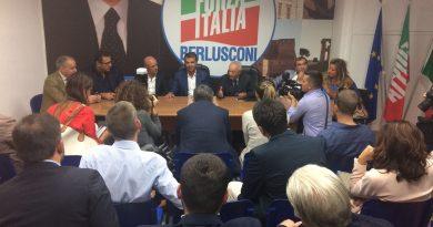 """Napoli. Cesaro: """"Forza Italia unico partito vicino ai problemi della gente"""""""